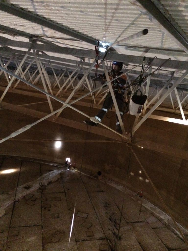 Rope Access Tank maintenance, St Albans, Vic  - Ropepro High